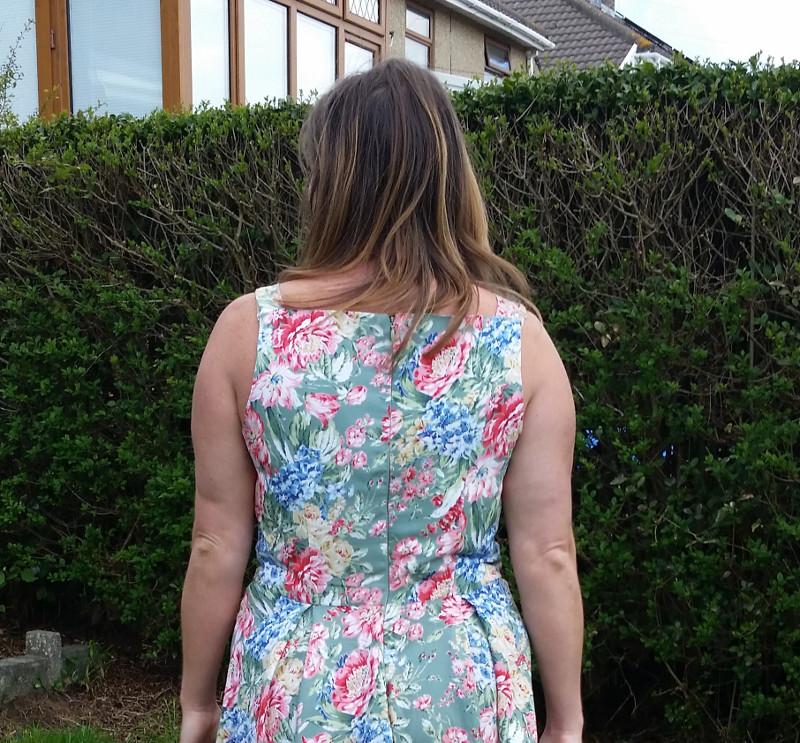 flora-back-closeup
