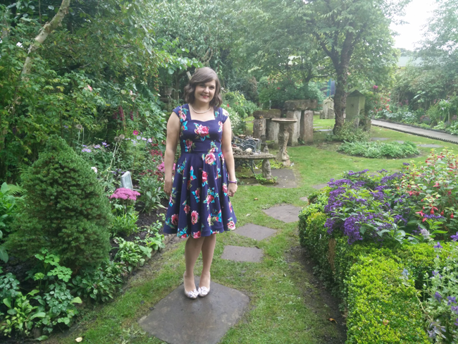 sewaholic-cambie-dress-at-wedding